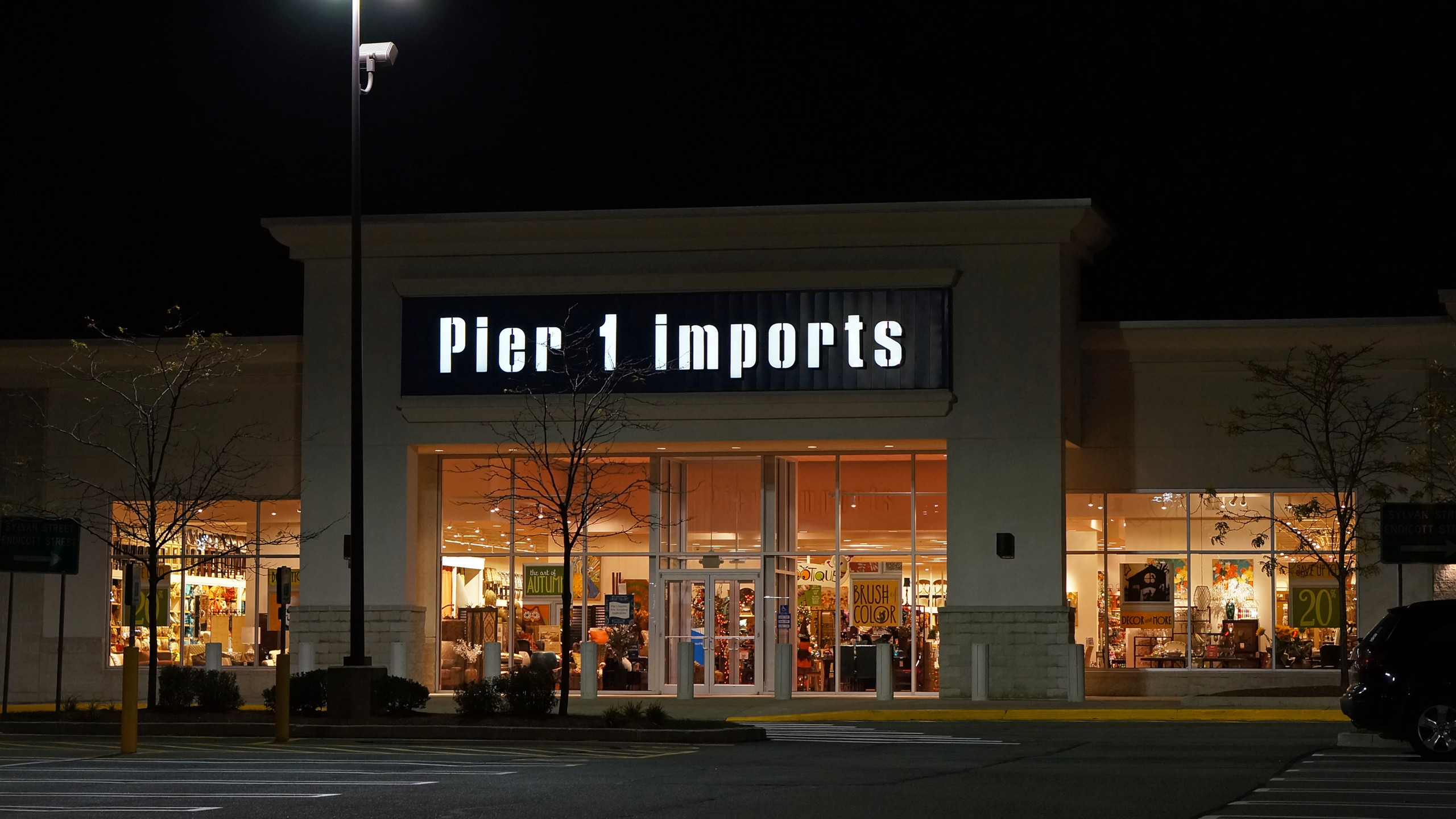 Pier 1 closing stores nationwide after announcing it's millions of dollars in debt
